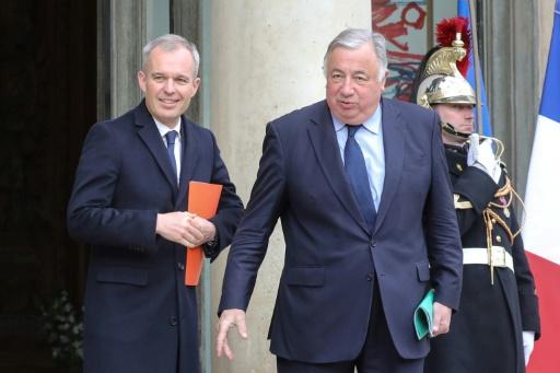 Un accord trouvé pour réduire le nombre de parlementaires — Institutions