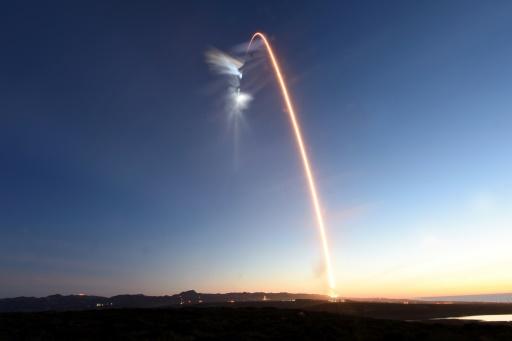 SpaceX lance le 5e groupe de satellites Iridium