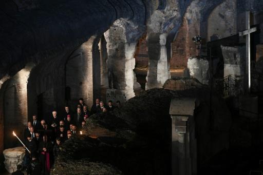 Vendredi saint: une famille syrienne portera la croix au Colisée