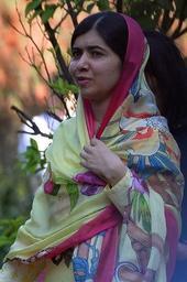 Pakistan: la prix Nobel Malala se rend dans sa vallée de Swat, cinq ans après un attentat
