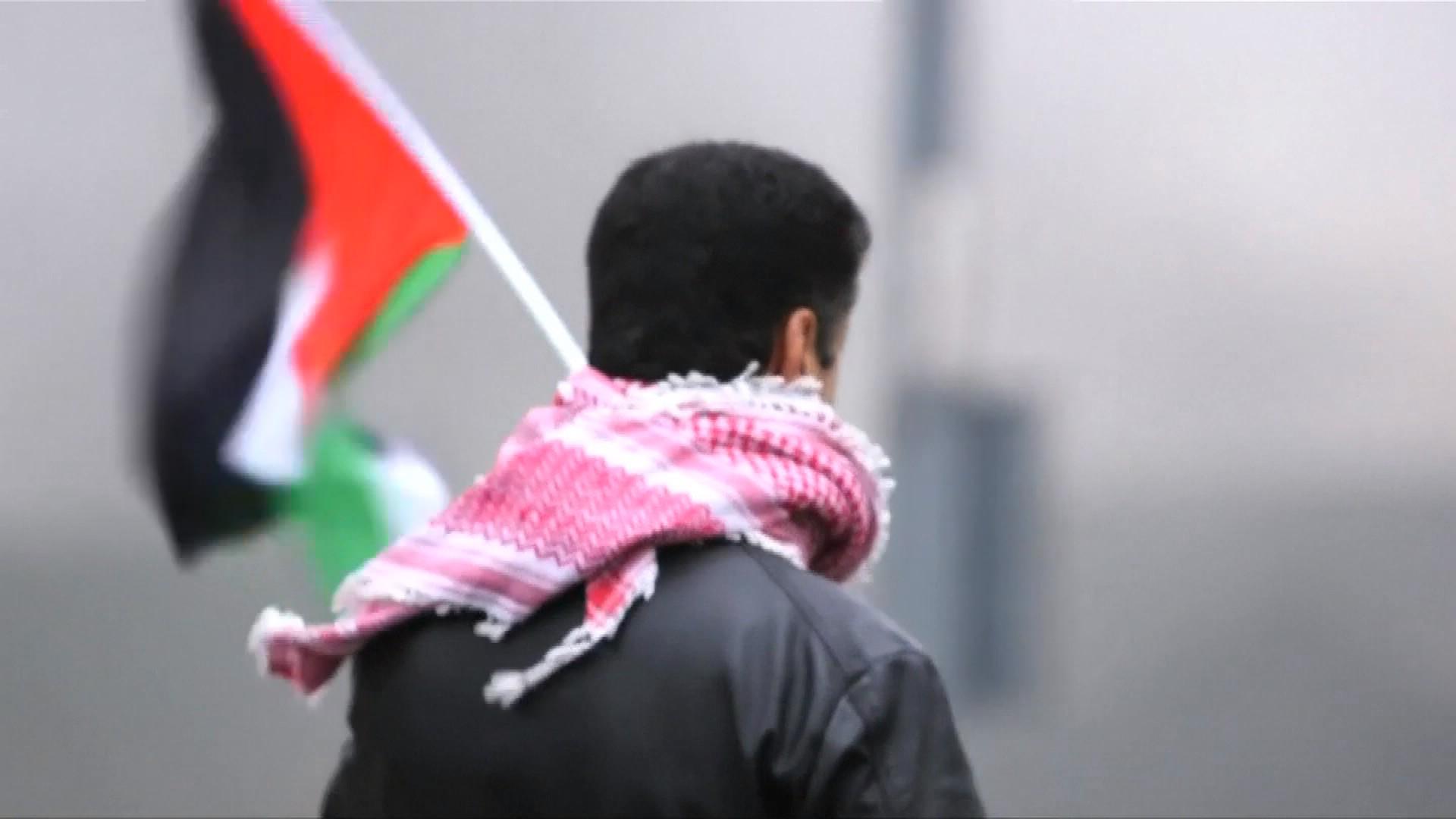 Nouveau face-à-face attendu aujourd'hui entre Palestiniens et soldats israéliens: déjà 16 morts hier