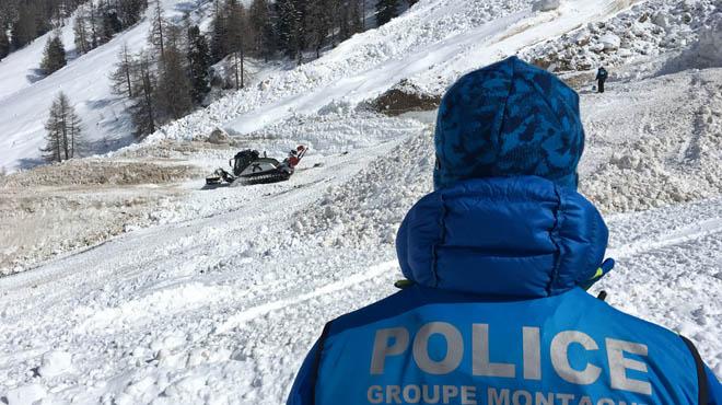Trois Espagnols meurent dans une avalanche — Suisse