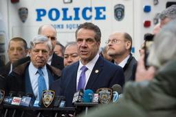 New York renforce la législation sur les armes contre les auteurs de violences domestiques