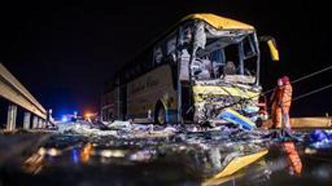 Accident d'un car belge en Allemagne: le deuxième chauffeur du bus toujours hospitalisé