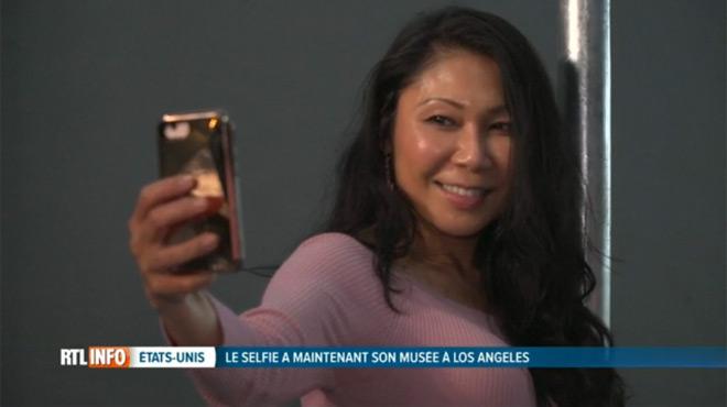 Un musée des selfies voit le jour à Los Angeles et on y découvre des statistiques délirantes sur... les femmes