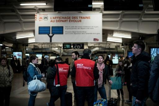 A la gare de la Part-Dieu, à Lyon, des voyageurs sur les nerfs