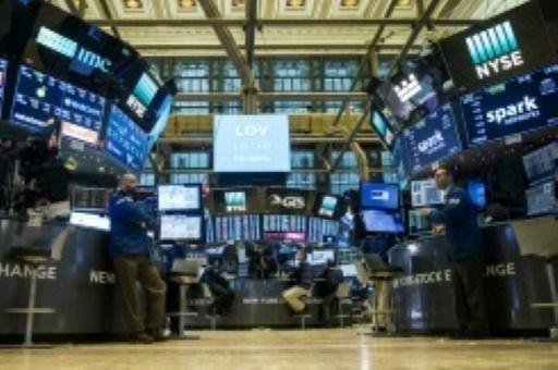 Wall Street en net recul après des menaces entre la Chine et les Etats-Unis
