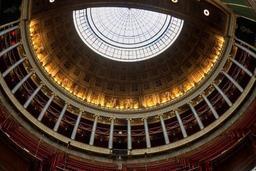 France : moins de parlementaires, plus de proportionnelle