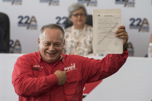 Venezuela: le numéro 2 du pouvoir nie détenir des comptes en Suisse et au Panama