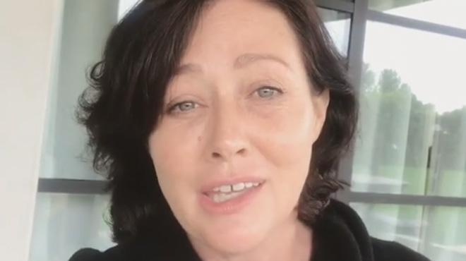 Elle rassure après un message alarmant sur son cancer — Shannen Doherty