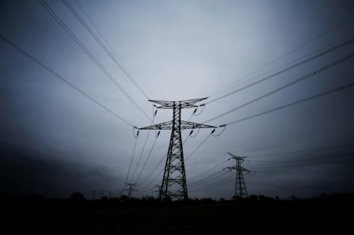 Electricité: l'UFC-Que Choisir accuse EDF de faire payer des
