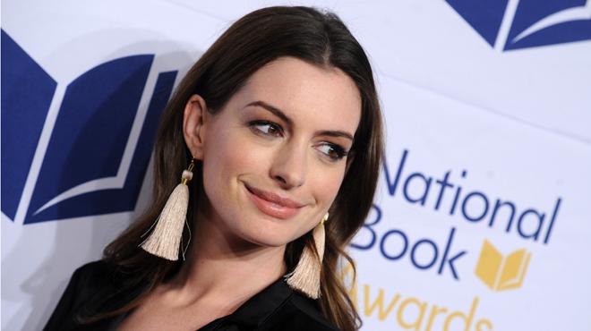 Anne Hathaway justifie son importante prise de poids