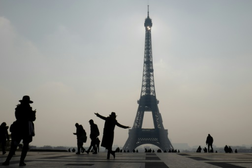 Paris lance une