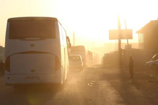 Frappes aériennes sur le fief rebelle de Douma, près de Damas