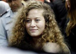 Une adolescente palestinienne détenue par Israël maltraitée, accuse sa famille