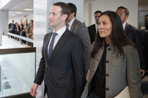 Facebook: Zuckerberg va encore s'excuser, devant le Congrès cette fois