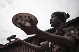 Centrafrique: un Casque bleu tué et 8 autres blessés à Bangui