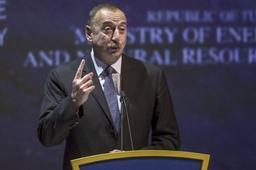 Azerbaïdjan: vers une réélection haut la main du président Aliev