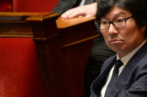 Jean-Vincent Placé s'excuse et dit vouloir soigner son