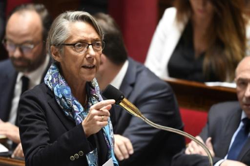 SNCF: l'Assemblée vote des garanties pour les cheminots transférés à la concurrence
