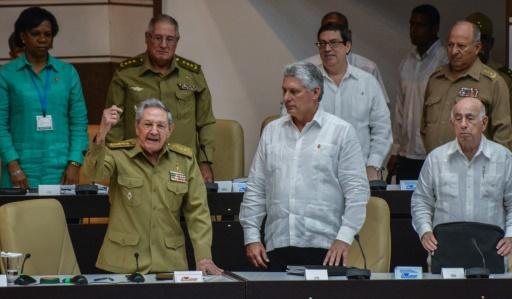 Cuba: Raul Castro, un départ en trompe-l'oeil