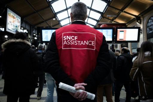 SNCF, acte III: la grève des cheminots reprend à 20H00