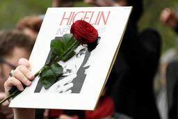 France: émotion pour l'adieu au chanteur Jacques Higelin
