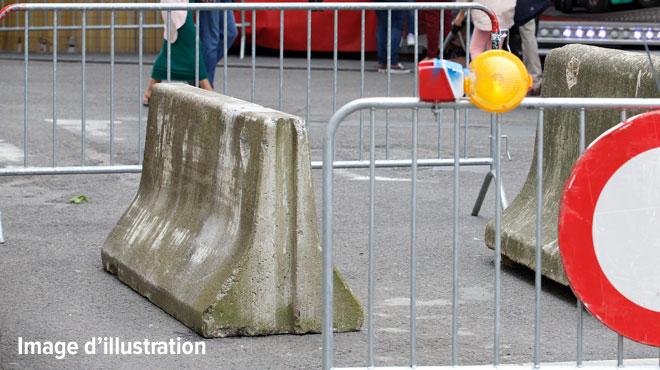La SNCB va placer des blocs de béton devant 22 gares du pays