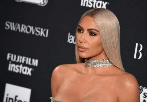 Braquage de Kim Kardashian: inculpation du suspect arrêté sur la Riviera française