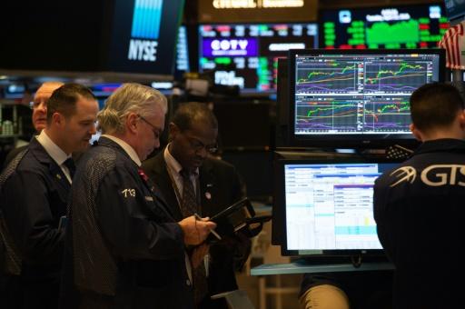 Wall Street, affectée par les banques, finit en baisse