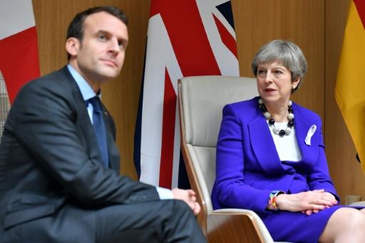 Macron et May pour la première fois en chefs de guerre pour frapper en Syrie