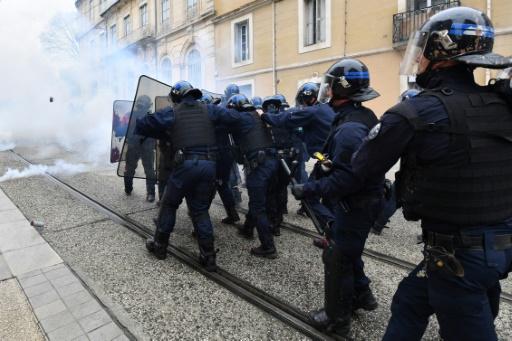 Montpellier: manifestation sous haute tension contre le gouvernement
