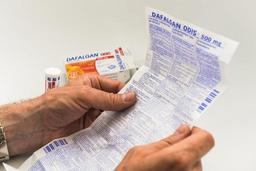 Les pharmaciens doivent mettre les patients en garde contre l'excès de paracétamol
