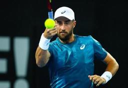 ATP Houston - Steve Johnson émerge d'une finale entièrement américaine et fait la passe deux à Houston