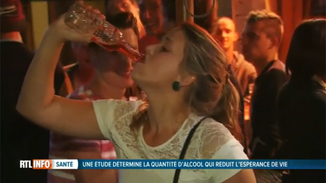 10 verres d'alcool par semaine raccourciraient l'espérance de vie de 6 mois