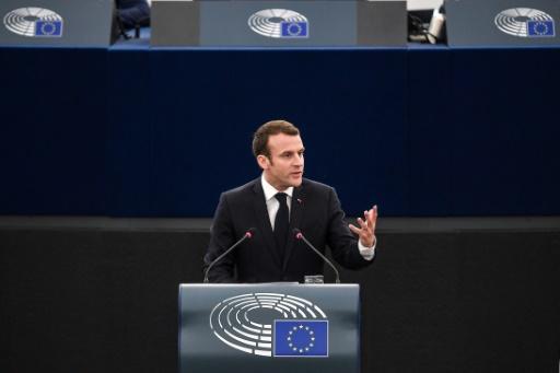 Macron propose