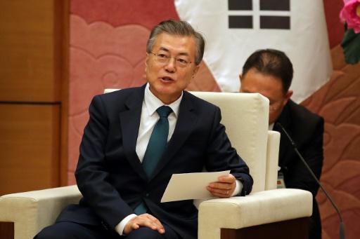 Corées : le président sud-coréen Moon veut un traité de paix
