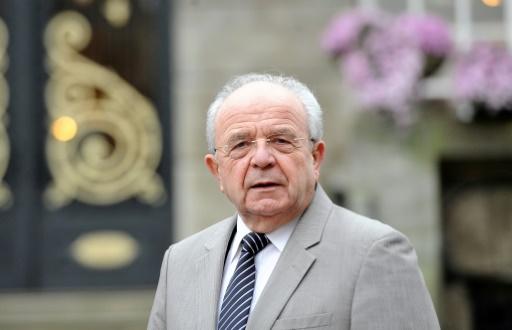 Hénin-Beaumont: début du procès de l'ancien maire, aucun