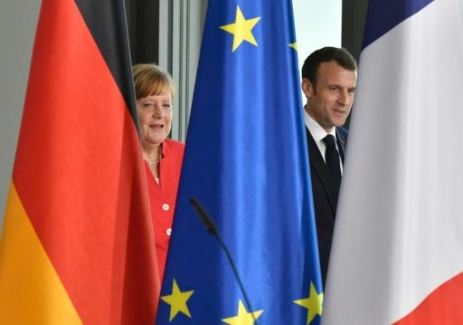 Macron insiste auprès de Merkel sur la