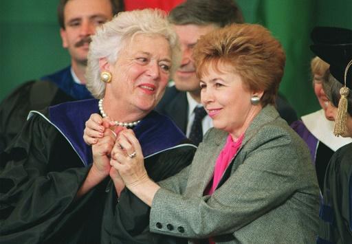 Grâce et civisme: ce que Washington peut apprendre de Barbara Bush