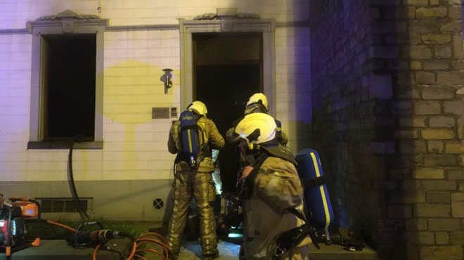 Le domicile d'un avocat incendié au cocktail Molotov à Gilly: plusieurs policiers mobilisés pour protéger la maison