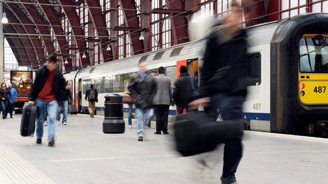 Un bruit sourd provoque un mouvement de panique à la gare d'Anvers: que s'est-il passé?