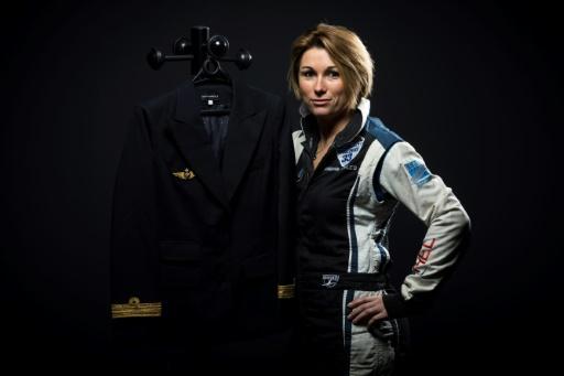 Voltige aérienne: Mélanie Astles, la reine des loopings prend les commandes d'un A320