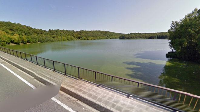 Un homme saute dans le lac du Ry Jaune depuis le barrage pour échapper à un contrôle de police: il aurait survécu