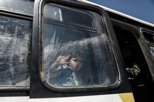Syrie: des rebelles évacués près de Damas en route pour la région d'Afrine