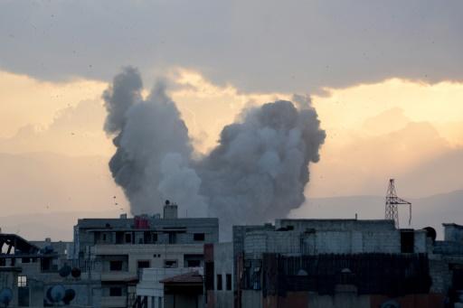 Syrie: 5 civils tués dans des frappes sur un bastion de l'EI à Damas, selon l'OSDH