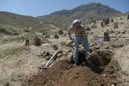 Afghanistan : la douleur vire à la colère après un nouvel attentat-suicide à Kaboul