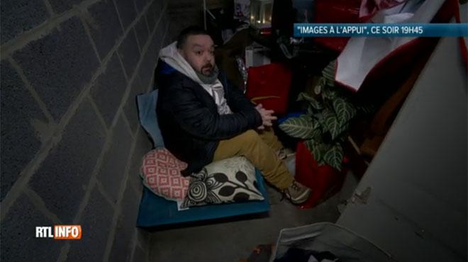 Harcelé, Nicolas est obligé de s'installer dans un garage