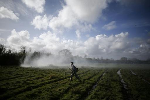 NDDL: la ZAD entre travaux agricoles et construction de barricades