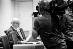 Commission d'enquête Kazakhgate - Un rappel à l'ordre et quelques comportements inappropriés